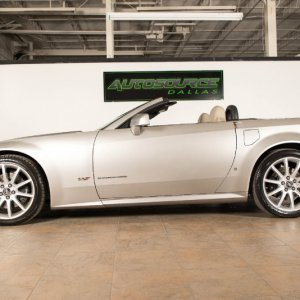 2007 Cadillac XLR-V in Light Platinum