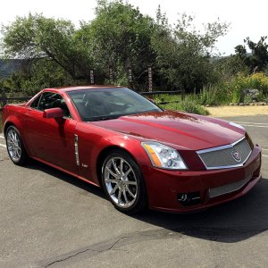 20009 Cadillac XLR-V - Crystal Red Metalic