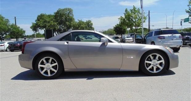 2004 Cadillac XLR #2339