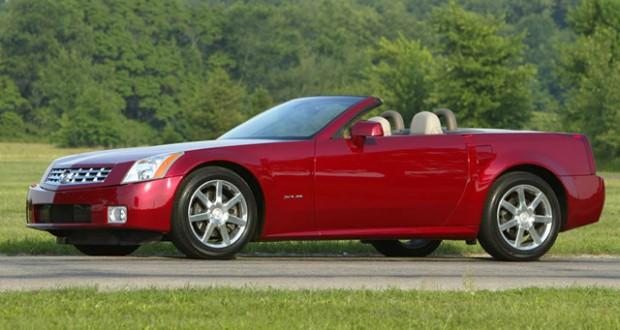 2004 Cadillac XLR in Crimson Pearl
