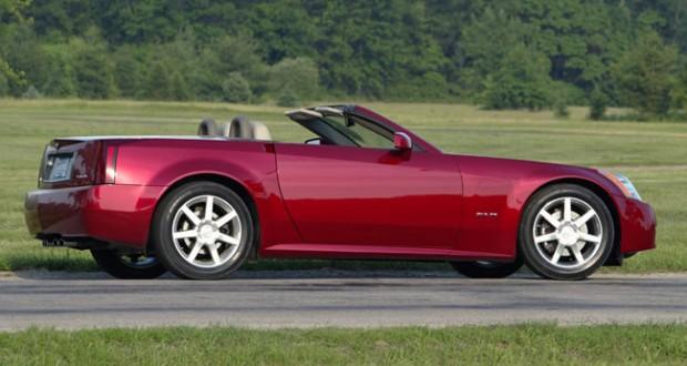 2005 Cadillac XLR in Crimson Pearl