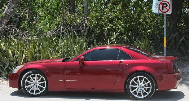 2006 Cadillac XLR-V in Infrared